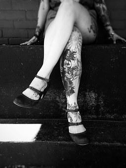 tatuajes de mujer en el brazo