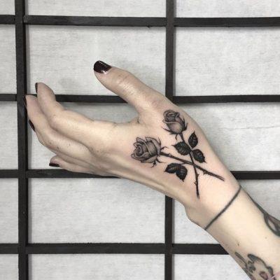 tatuajes de rosas con significado